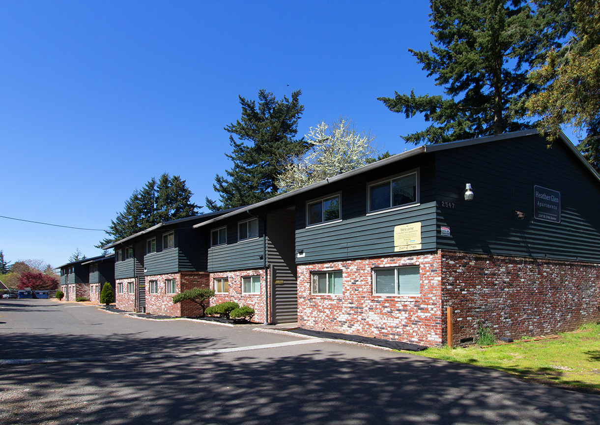Heather Glen Apartments - 2547 SE 174th Ave., Portland, OR